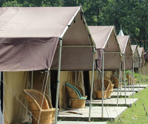 byasi-forest-camp