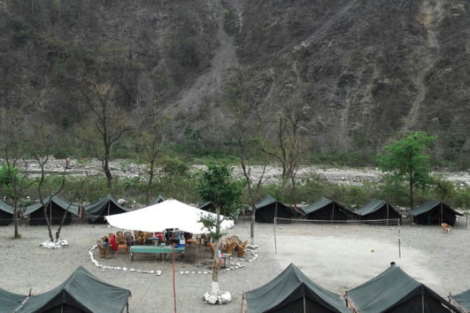 Shivpuri riverside camp